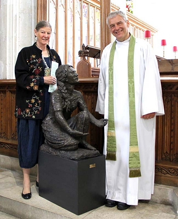 Tessa Hawkes and Rector David Tomlinson at the blessing of Tessa's statuette of Mary – Sept 2014.